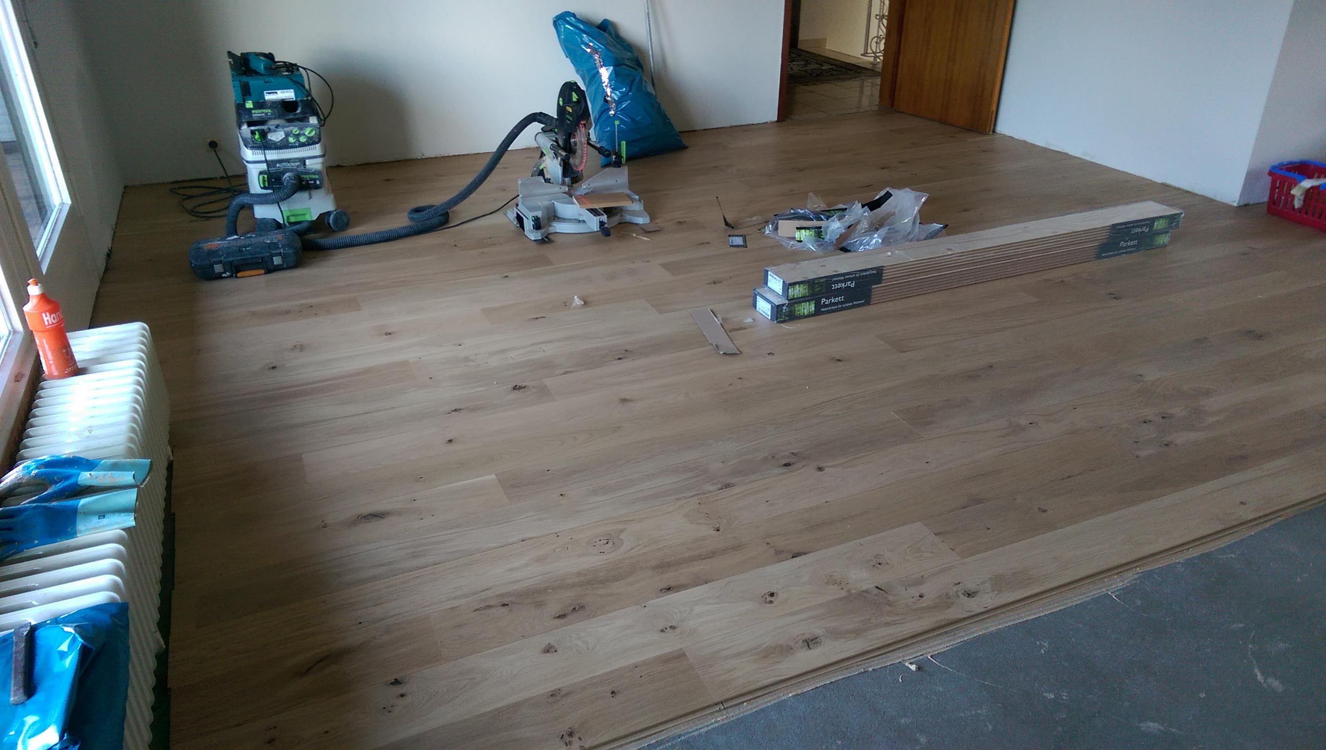 Mandic Baudekoration – Holzdielen – Bodenbelag – nachher