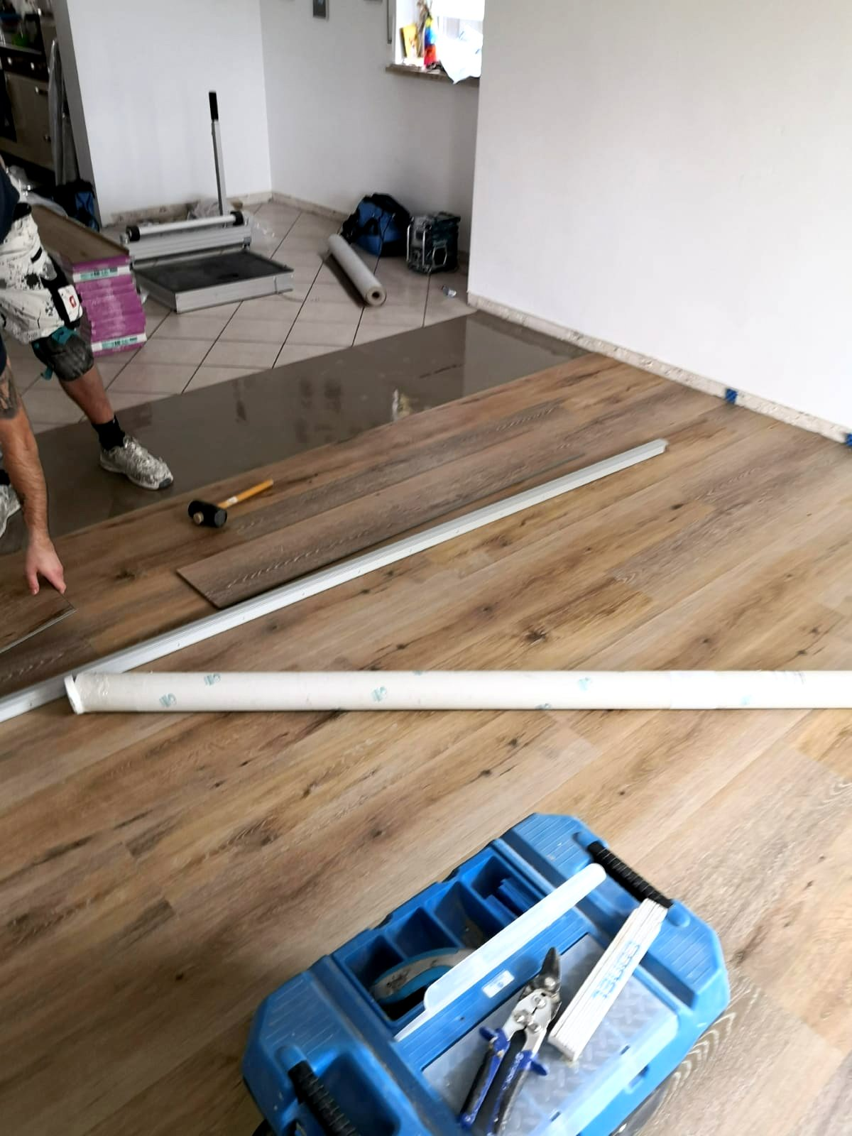 Mandic Baudekoration Treppe Bodenbelag (12)