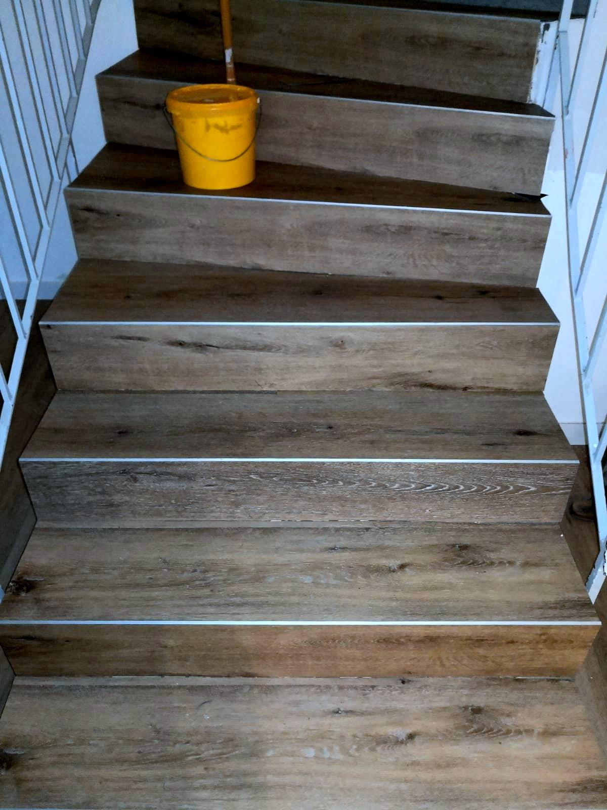 Mandic Baudekoration Treppe Bodenbelag (6)