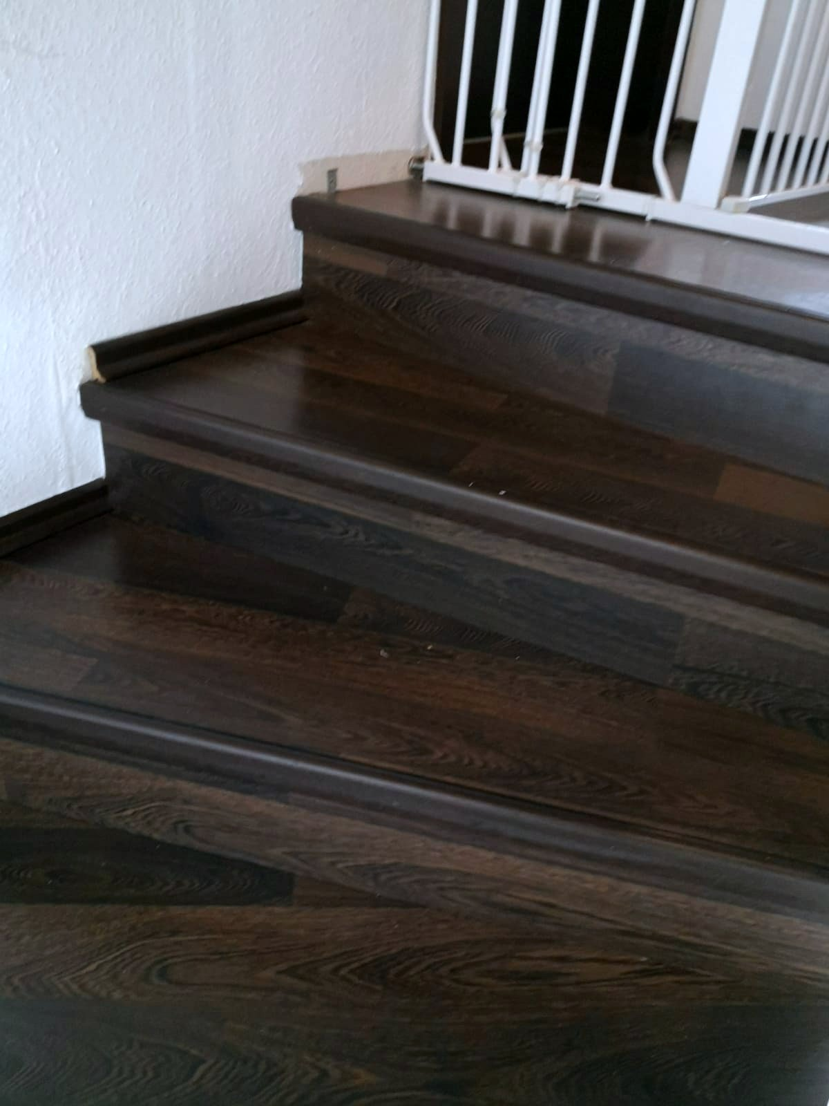 Mandic Baudekoration Treppe Bodenbelag (8)