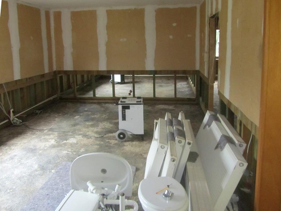 Wasserschaden sanierung Vorher (2)-bearbeitet-N